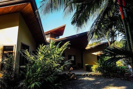 Point Cathron Villa