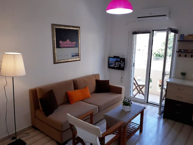 Charming apartment in the centre of Hersonissos.