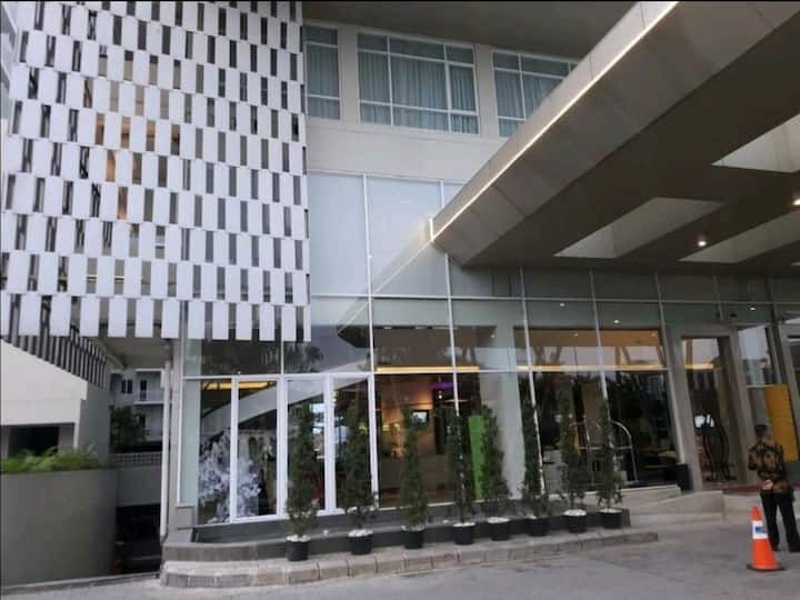 Apartment for rent with 4 star hotel facilities