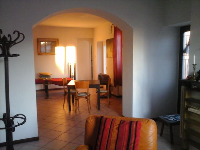 Relax at Lake House. car and internet.GRATIS place - Lecco - House