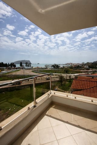 Sea view, 1-Bedroom, 4 persons, 50m to beach (199) - Budva - Apartamento