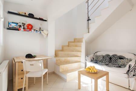 1 bed studio loft w Acropolis view - Athens