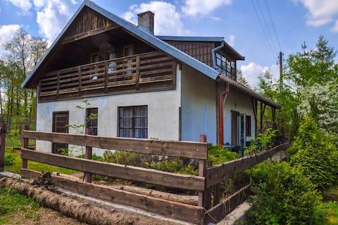 Dom nad jeziorem - 50m od brzegu