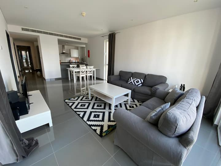 Al Mouj: Lovely and peaceful 2 bedroom apartment