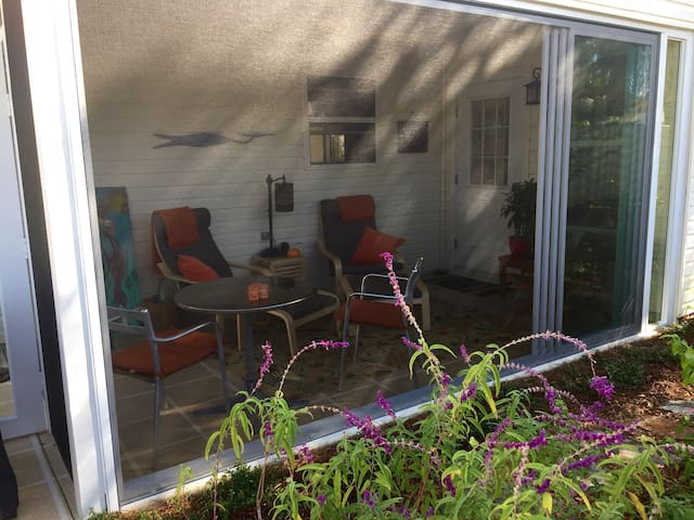 The lanai opens up as much or as little as you want depending on the weather.