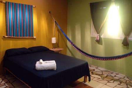 Caribbean room in shared apartment - Isla mujeres - Apartment