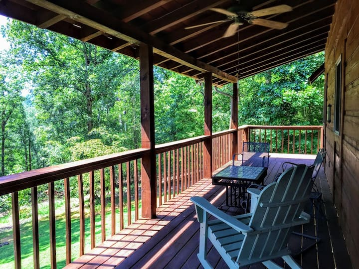 Entire Upscale Cabin with Rockfish River frontage