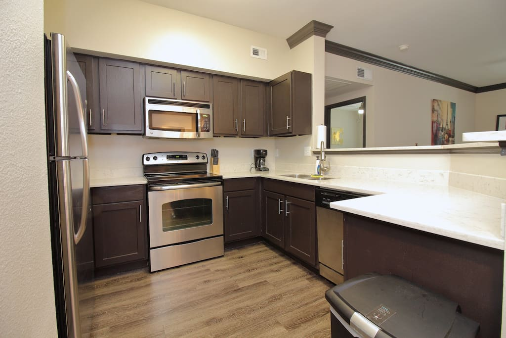 Kitchen area, all housewares, appliances, cookware, dinnerware provided
