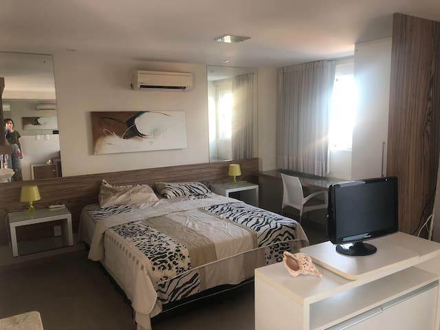 Excelente flat em Ponta Negra, ótima localização!!
