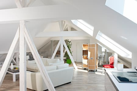 Bright loft - in the Schwabenland - Balingen - 公寓