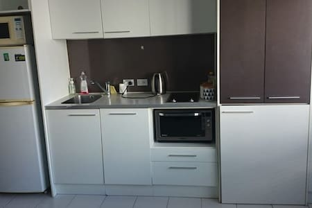 Cosy room in a two bedroom apartment - Auckland - Apartment