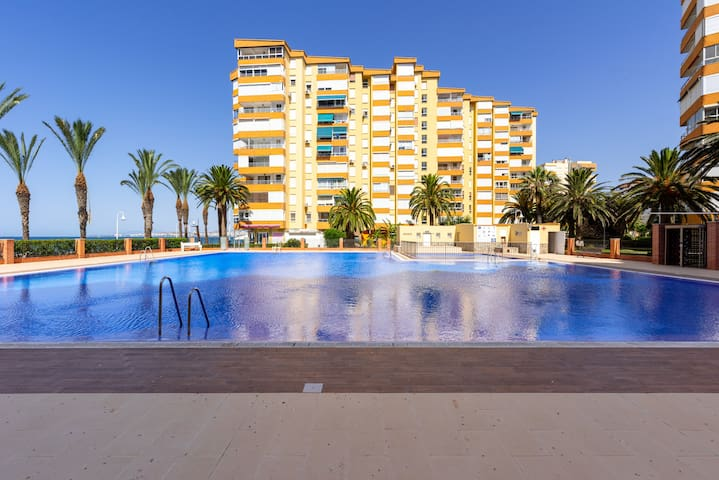 Air-Conditioned Apartment Directly on the Beach with Pool, Terrace, Sea View, Tennis Court & Wi-Fi; Pets Allowed