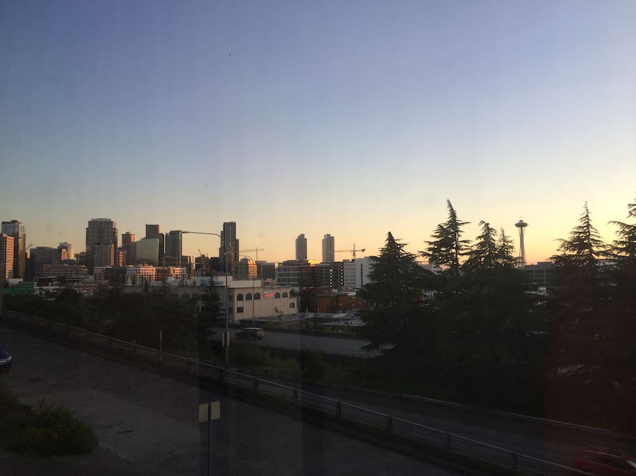 Bed Room Rent Seattle