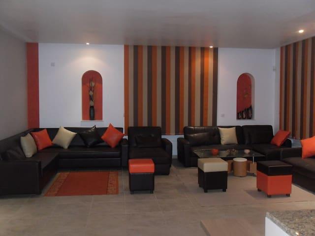 Grande villa meublée à Hergla