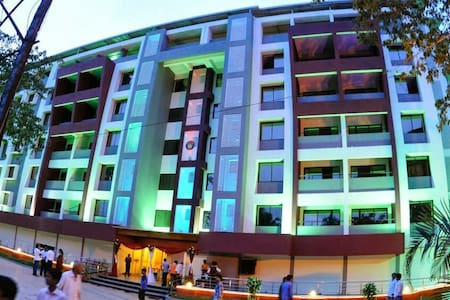 2Bhk Apartment at Kinnigoli @ Golden Castle #604 - Kinnigoli - Apartament