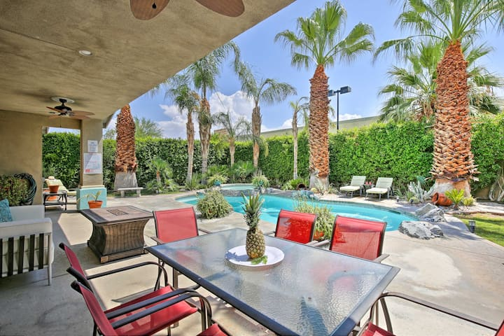 Palm Springs House w/Tropical Yard, Pool & Jacuzzi