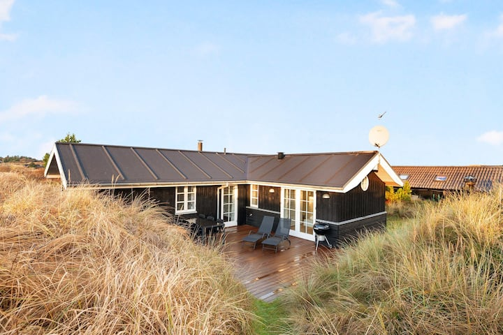Tversted - Beautiful Holiday Home Close To The Sea