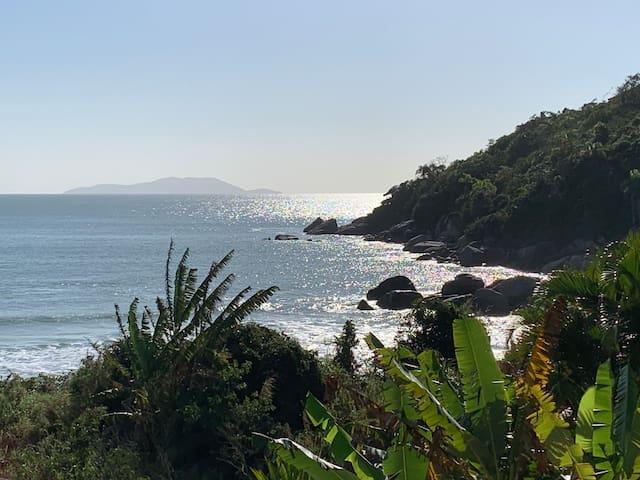 Apto à beira mar no Paraíso de  Gov. Celso Ramos!