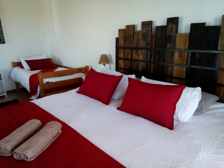 Little Sister's Self Catering Unit - IKHUMBA