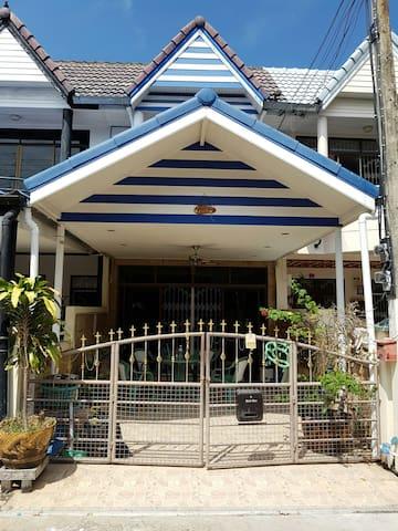 House for sale/ Rent Sport Village 25/7 Cha-am - Cha-am  - Dům