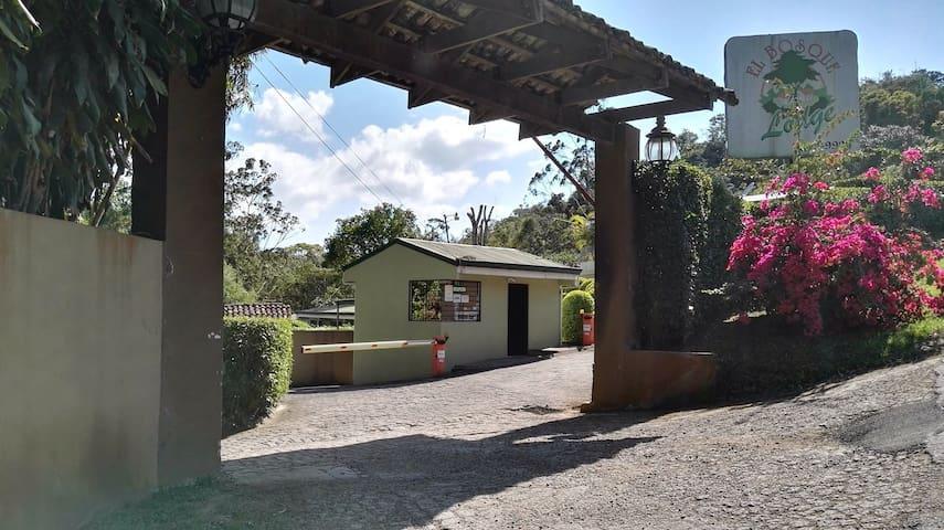 El Bosque Lodge Agroecoturismo - San Ramón - Bungalov