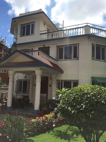 Shahi Niwas (Vani's House)