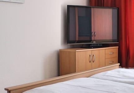 Gemütliches Apartment mit Küche und Badezimmer - Seebad Ahlbeck - Huoneisto