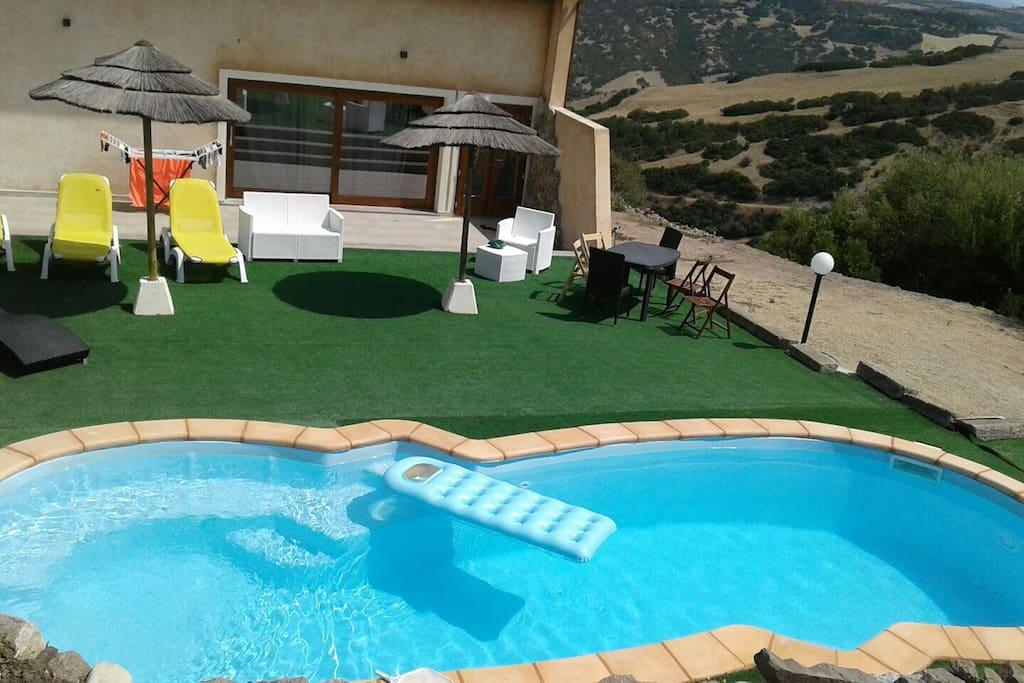 Loft irene con piscina privata e 3 camere da letto loft for 3 camere da letto finito seminterrato in affitto