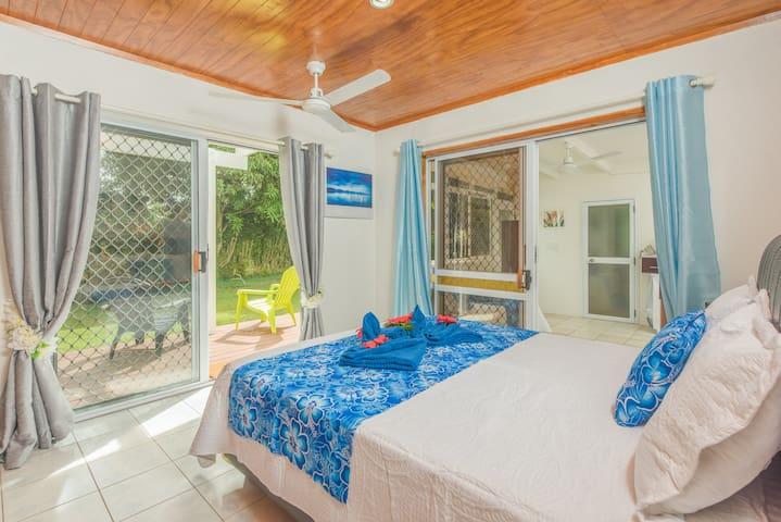 Te Manga Retreat -Bed & Breakfast & Pool in Avarua