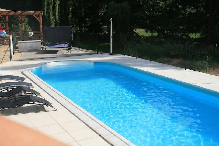 Loft proche Futuroscope avec piscine