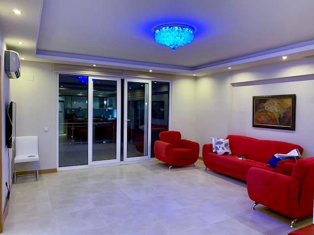 Большая красивая квартира в Турции! 5 мин.до моря