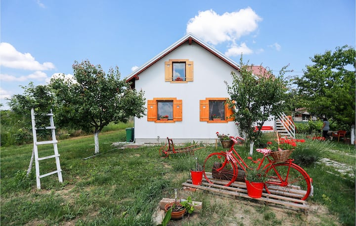 Nice home in Ceminac with Sauna, WiFi and 2 Bedrooms