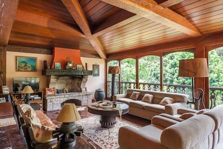 Amazing cottage in Teresópolis - Teresópolis - House