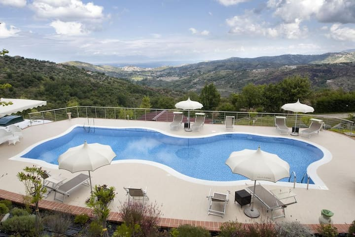 Stanza Panna - Laureana Cilento - Bed & Breakfast