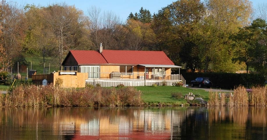 LIFTLOCK GUEST HOUSE located on Trent Canal