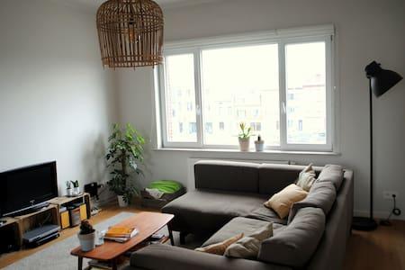 Big and bright apartment - Gent - Lakás