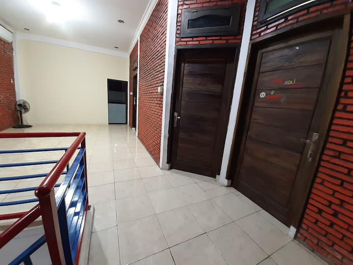YM Cozy Home Cilegon Anyer