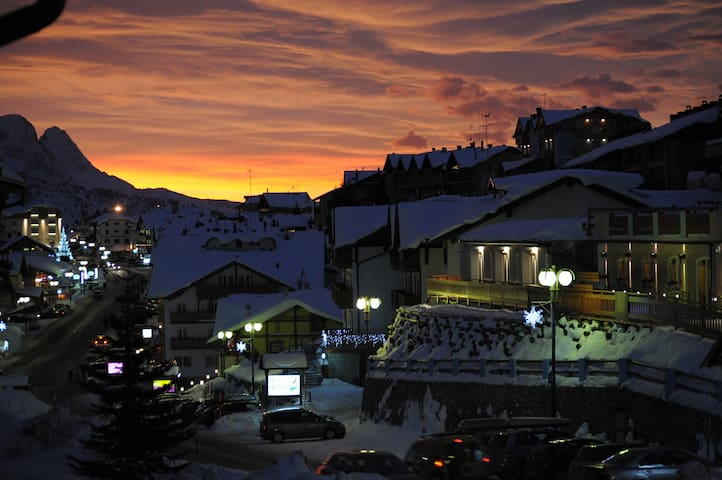 Cosy mountain vacation apartment - Passo del Tonale
