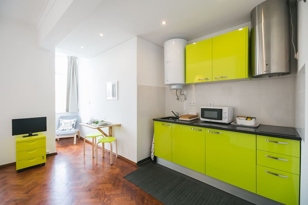Kitchenette and dining room.