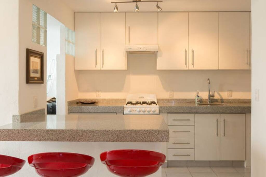 Kitchen Counter : spacious for eating,  having a coffee or a drink