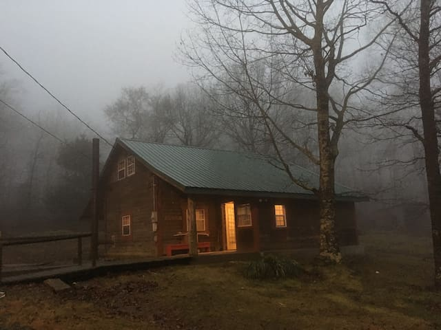 Cabin in Arkansas hills -  Reserve for BIG SUGAR