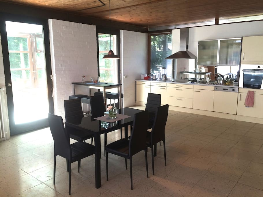 amazing designed house sleeps 10 h user zur miete in starnberg bayern deutschland. Black Bedroom Furniture Sets. Home Design Ideas