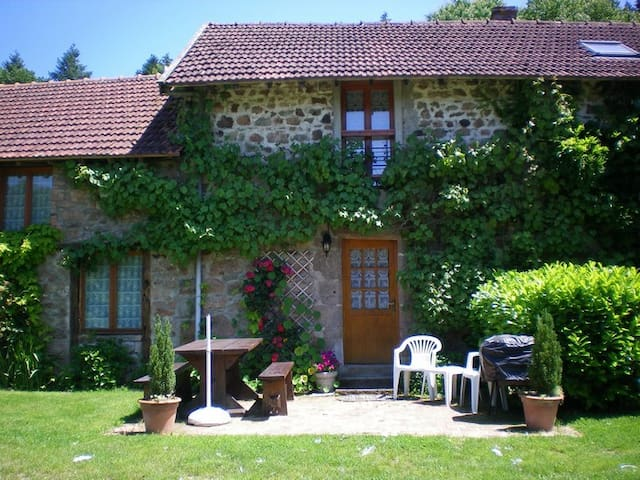 La Varache Rural Cottage 2 ***