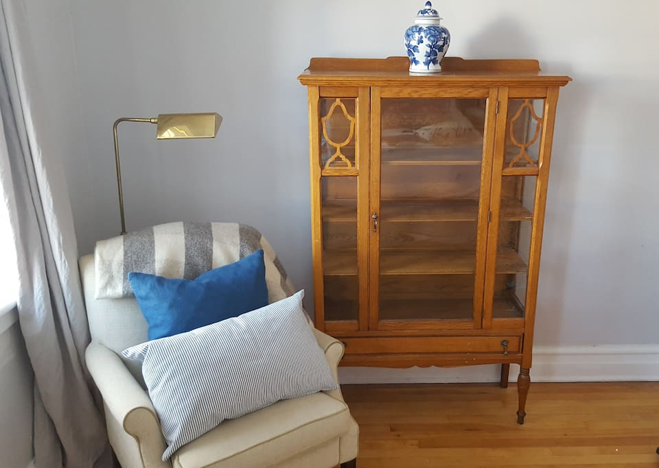 Sitting area in bedroom.