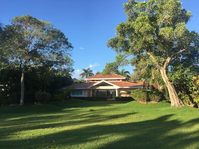 Villa Cocotal- Habitación privada AC incluido
