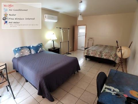 Sol - AC! Private Room Great Location! 10minBorder