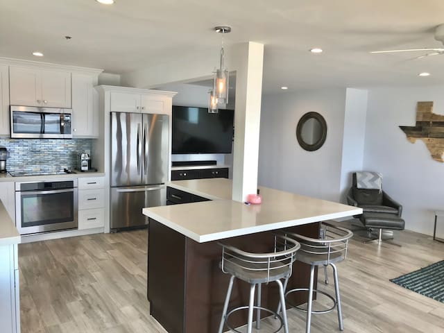 Large Kitchen with Barstool Seating