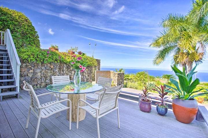 Kailua Kona Villa w/ Patio & Stunning Ocean Views!