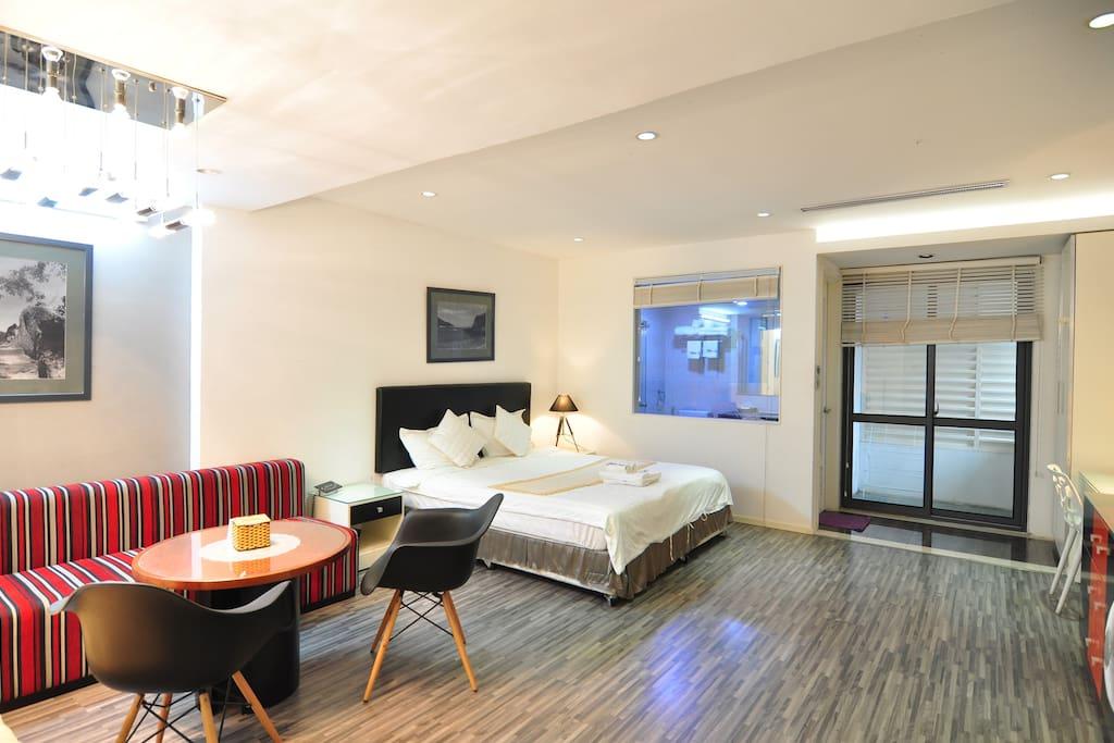 Room #302