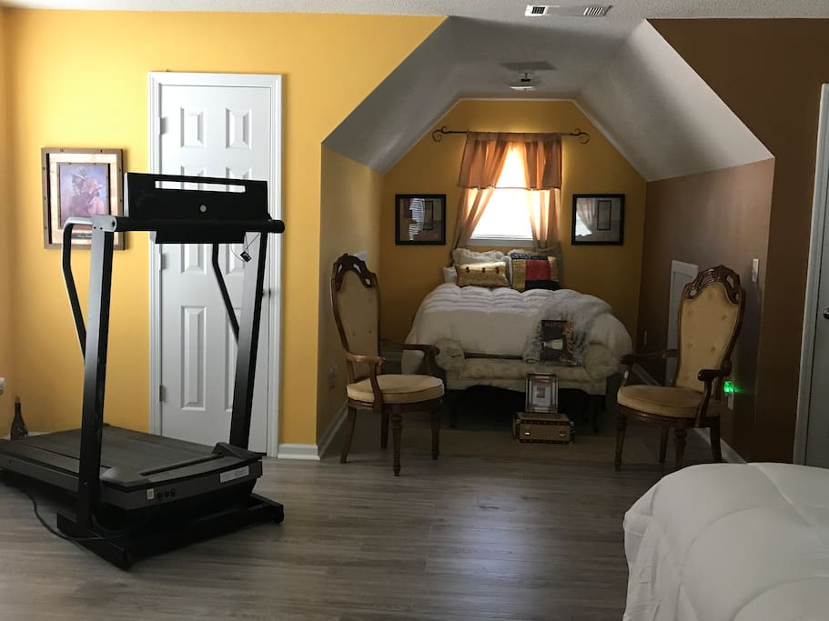 Secondary Full Size Bed in Master BR with Stair Master